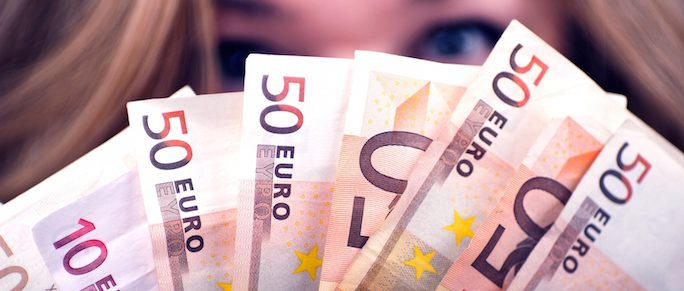 Fuehrerschein mit App bezahlen | © panthermedia.net / welcomia