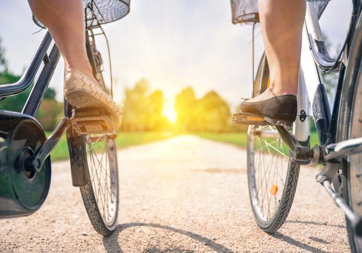 Gemeinsame Fahrradtour | © panthermedia.net /oneinchpunch