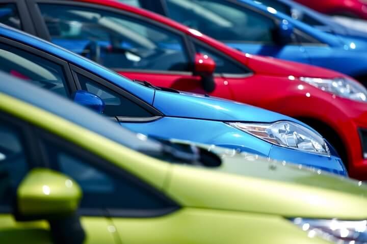 Das erste Auto kann auch ein Neuwagen sein | © panthermedia.net / welcomia