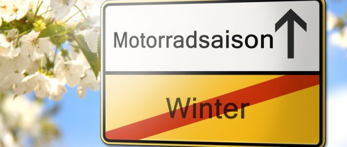 Motorrad Saison Frühling Schild